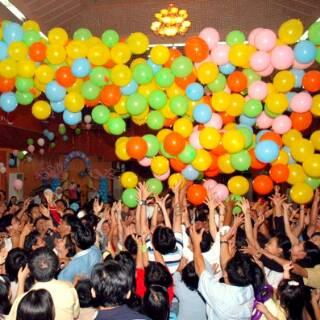 balon-drop-jatuh-keranjang