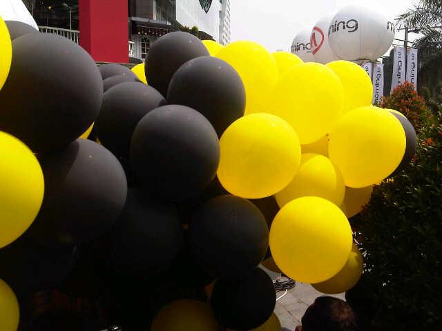 balon-pelepasan-KIA-car